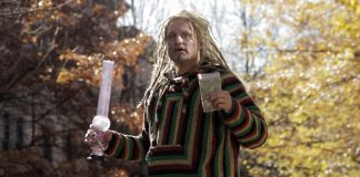 Woody Harrelson plays a believable stoner on SNL. (Photo via Screen Crush)