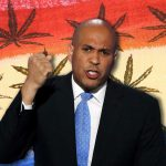 Presidential hopeful brings weed legalization bill to the Senate floor